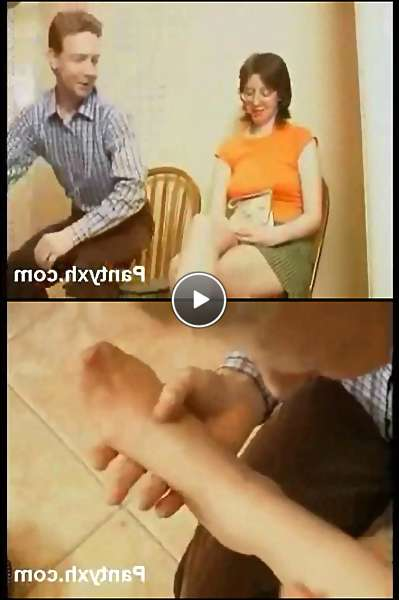 milf pantyhose feet video